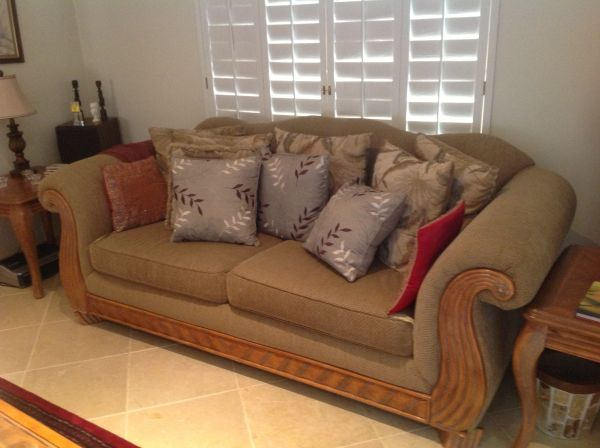Couch Loveseat Coffee Tables Set - $675 (Scottsdale)