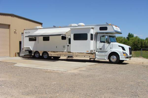 KING OF THE ROAD SUPER C MOTOR HOME (WEST VALLEY)