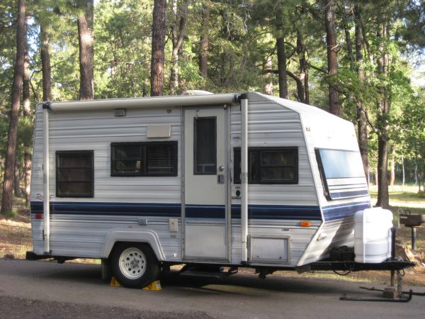 1989 Travel Trailer, 15 ft. - $3995 (Peoria)