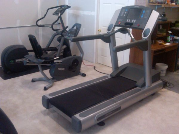 Life Fitness 95te Commercial Treadmill for your home - $2450 (Phoenix)