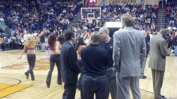 Phoenix Suns COURTSIDE tickets Many games OKC Thunder still avail - $1