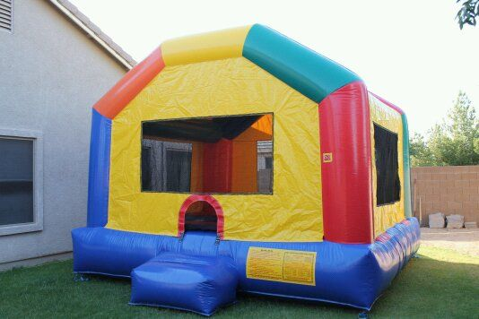 BOUNCE HOUSE FOR RENT $100 FREE DELIVERY - $100 (480-532-8354)