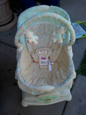 Soothing Motions Glider - Fisher Price - $50 (43rd Ave And  Peoria)
