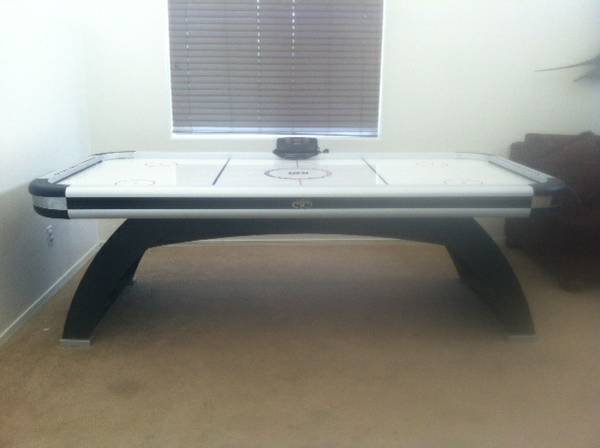 DMI Air Hockey Table 8 feet  - $200 (Glendale Rd  89th Ave)