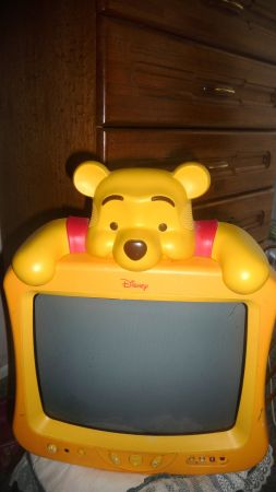 Disneys Winnie The Pooh Television Set - Nice - Great Price (Bell Rd.  51st AVE)