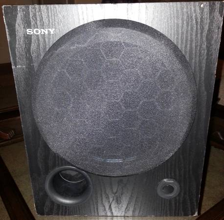 Sony SA-WM250 100-Watt Active Subwoofer OBO - $50 (BELL  51 FREEWAY)
