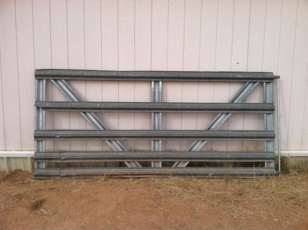 GATE  PANELS  DOG KENNEL  CHAIN LINK   (West Valley)