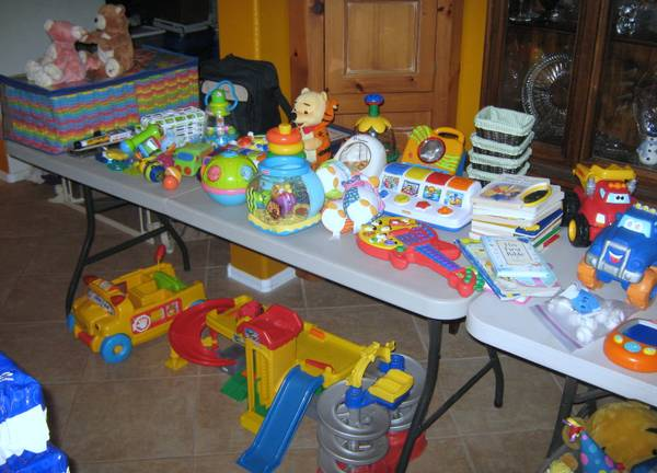 6 kids worth of toys -- All Great Condition - $250 (SE Chandler)