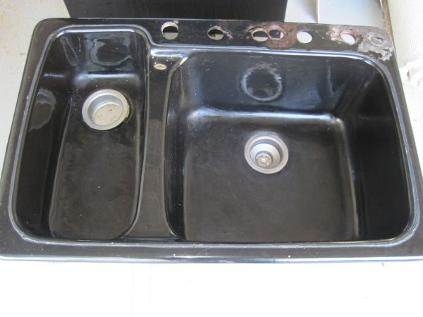 Eljer Double Bowl Undermount Kitchen Sink - $99 (Central Scottsdale)
