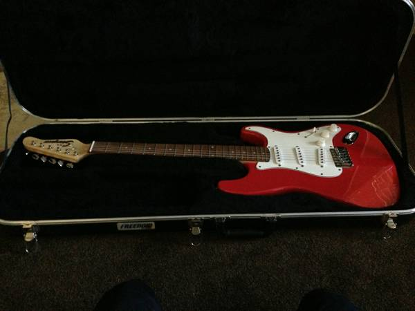 STARGAZER JCX ELECTRIC GUITAR - $75 (MESA)