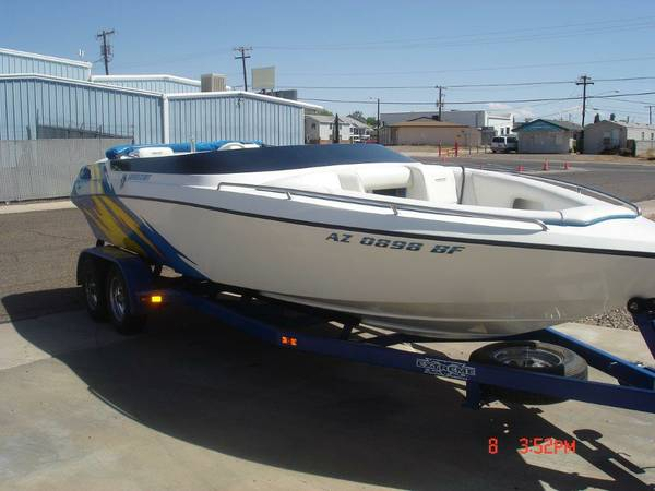 2000 21ft Lavey Craft Boat with trailer 502 engine  - $28000