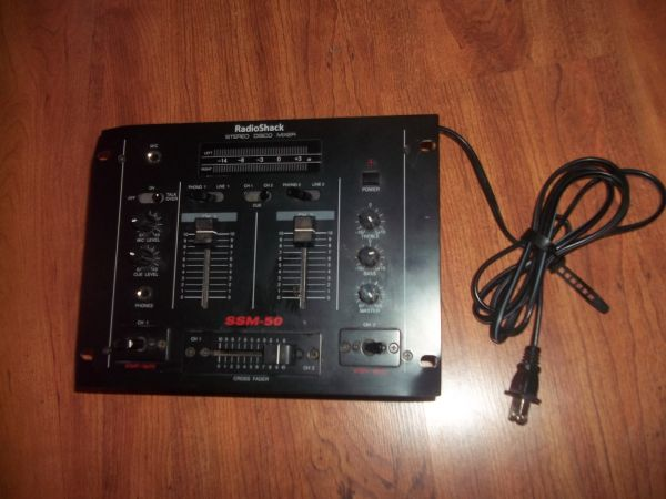 Radio Shack Stereo Disco Mixer SSm-50 (Tri City Area)