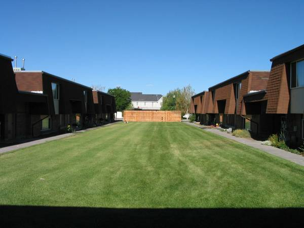 $720  2br - 1150ftsup2 - 2 bedroom Townhome (60 E 700 N, Orem)
