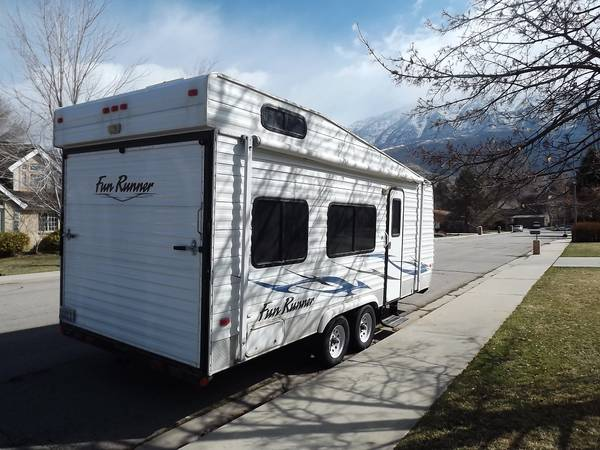 2007 Fun Runner Toy Hauler 22 - $11850 (UTAH)