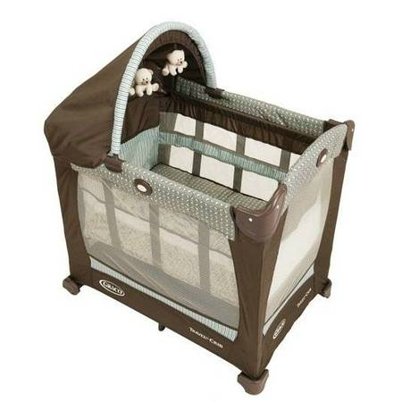 Graco Travel Lite Portable Crib with Stages (Provo)