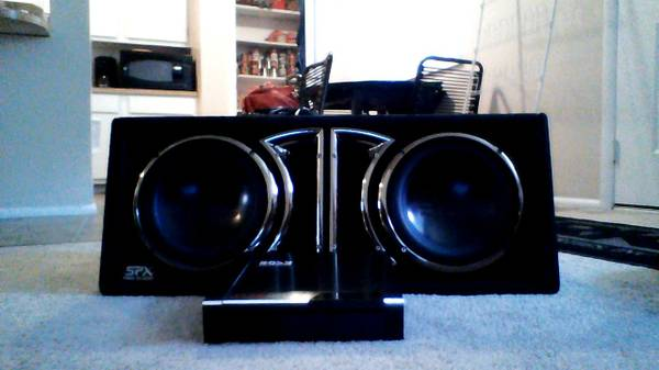 Two 10 SPX Pro Audio Subs w ported box and 1500w Boss Amp - $150 (Orem)