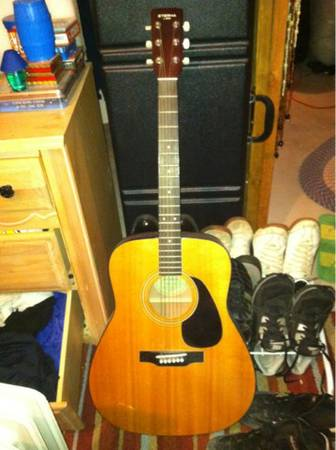 Yamaha eterna acoustic guitar - $100 (Eagle mountain)