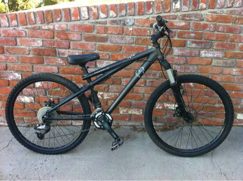 $250 or trade GT Chucker 1.0 mountain bike dirt jumper, - $250 (Reno )