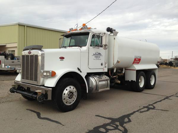 1994 Peterbilt 4000 Gallon Water Truck - $37000 (Fallon, Nevada)