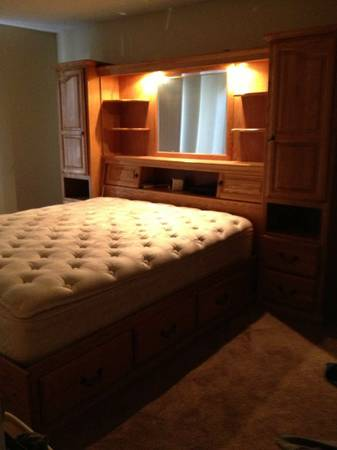 Cal King Bedroom Set - $1200 (reno)