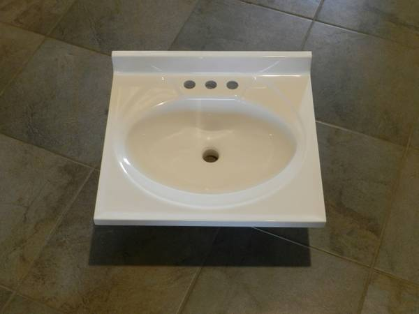 Bathroom vanity top 19 x 17 NEW - $30 (Carson City)