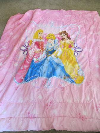 Disney Princess bedding - $50 (Truckee)