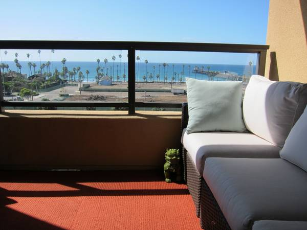 $1000  2br - 2000ftsup2 - Luxury oceanfront rental - 3 night minimum (Downtown Oceanside)