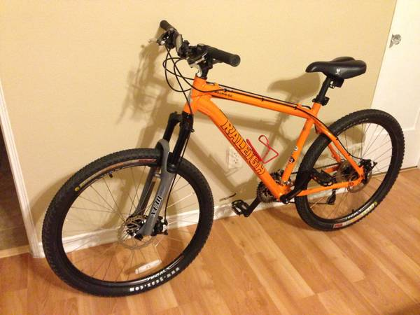 Raleigh Mojave 5.0 hardtail mountain bike - $400 (Hillcrest)
