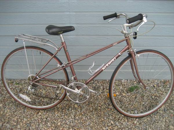 27 NISHIKI SEBRING TOURING ROAD BIKE.. READY TO RIDE.. TUNED 12 SPEED - $140 (ESCONDIDO)
