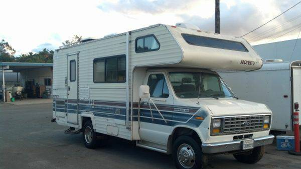 1988 Honey 22 RV - Low Miles - Sell or Trade for  - $3800 (Spring Valley)
