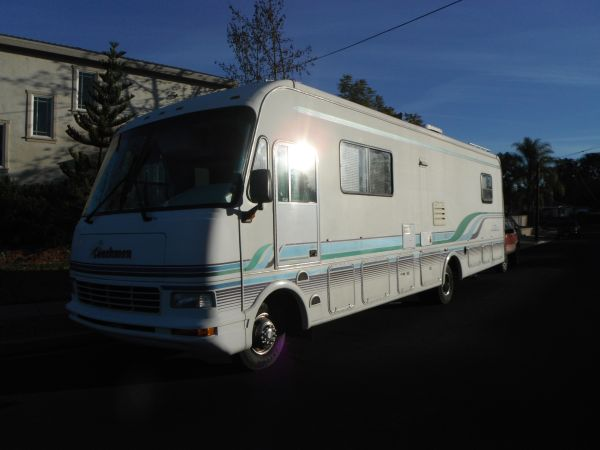 34 Coachman Catalina-Ford-1995 - $11500 (La Mesa)