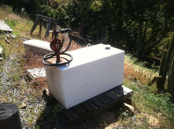 100 Gallon Fuel Tank w Pump - $450 (San Diego, Fallbrook)