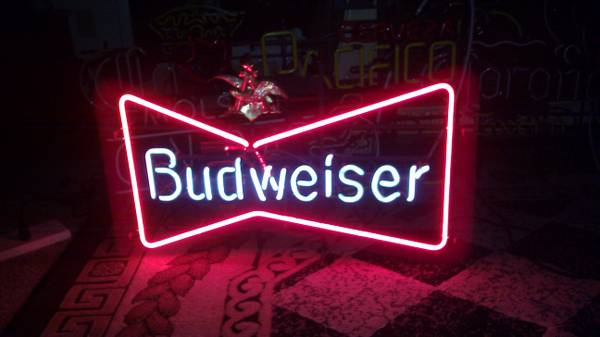 ---Neon Sign Lights Beer Brands (EscondidoSan DiegoVistaOceanside)
