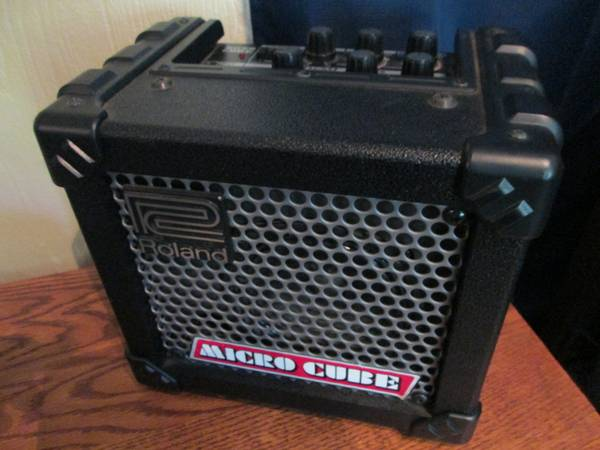 Roland Micro Cube Amp (Need to Sell this Week) - $60 (Rancho San Diego)
