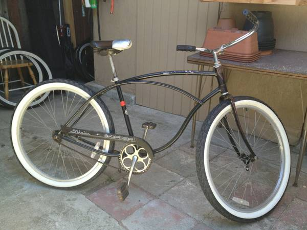 Gear up for the Fiesta ride with this 2 speed Schwinn Skipper - $400 (Goleta)