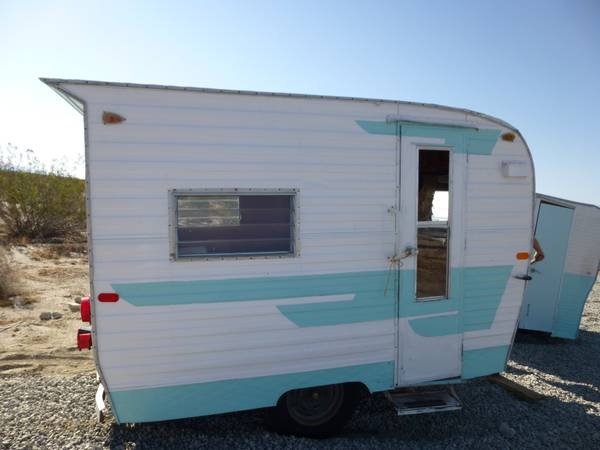 concession vintage trailer - $2950 (10 miles north of palm springs )