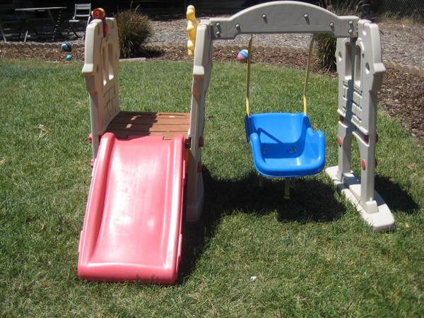 little tikes swing along castle - $40 (SB)