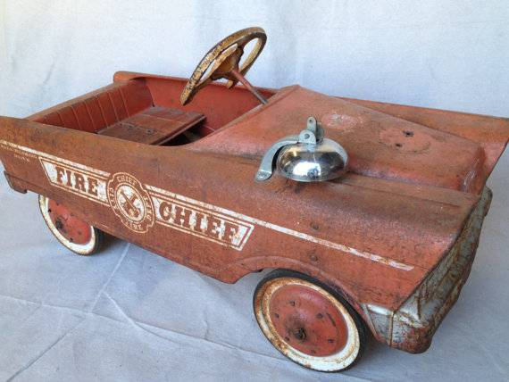 1950s Fire Chief Pedal Car - $160 (ventura )