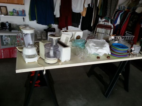 garage sale everything has to be done today ( Buellton)