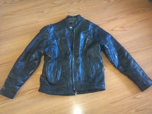 DIAMOND PLATE Leather Motorcycle Jacket Lrg. - $40 (Orcutt)
