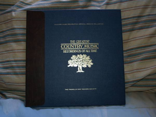 Great County Music 100 lp - $300 (East Mesa)