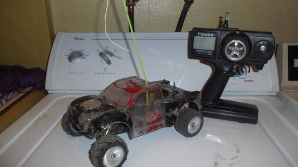 Rc team losi mini-t... Prerunner look-alike - $120 (Paso Robles)