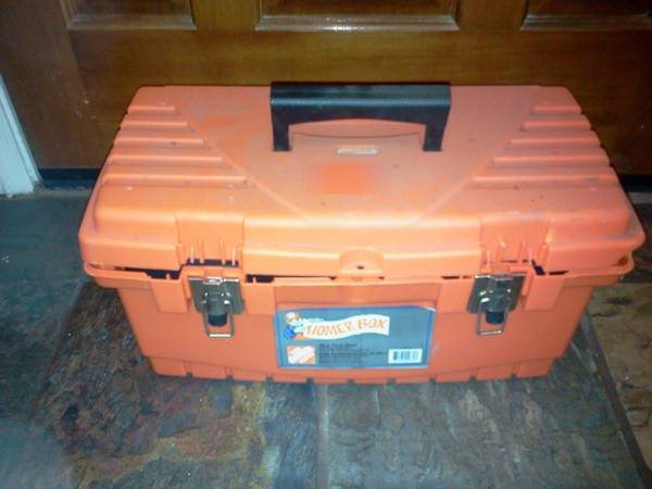 19 Tool Box Homer by Home Depot - $4 (N. Stockton)