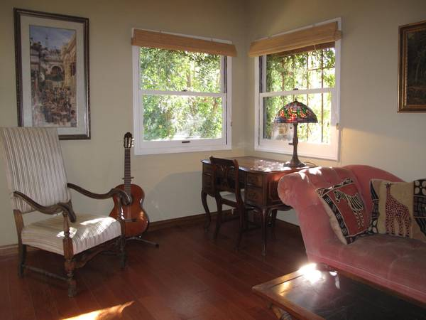 - $2800  2br - 900ftsup2 - Handicapped Access R To Cabin (Ojai)