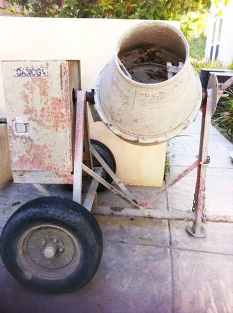 Tow-Behind Electric Concrete Mixer - Canoga Model 113CE 12 sack - $850 (Simi ValleyWood Ranch)