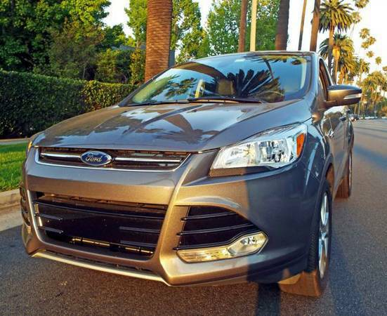2013 Ford Escape SEL- Like brand new - Low Miles - $25500