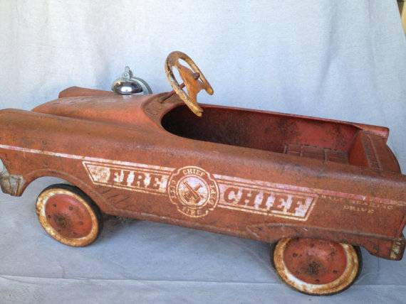 Vintage Fire Chief Pedal Car  - $160 (ventura)