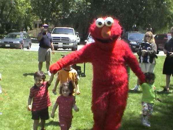 Ventura Kids Party Hire a Clown Elmo Dora Rent Pony Zoo Bouncehouse  (BEST in Ventura (888) 501-4FUN (4386))