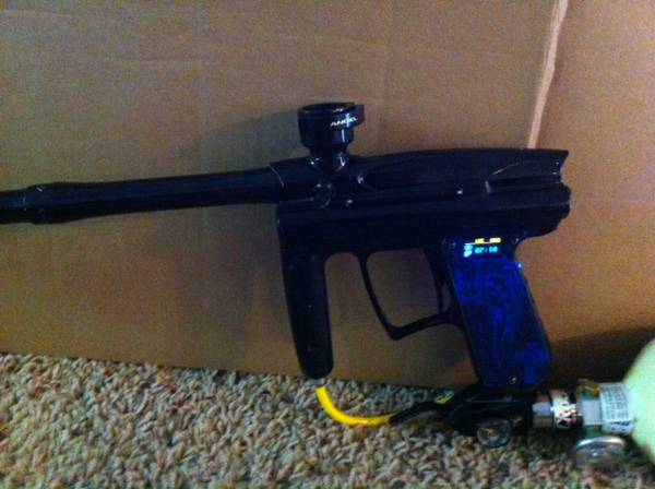 PAINTBALL wdp ANGEL a1 $3 w angel tank  (fresno)